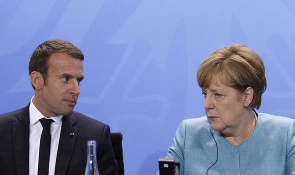 """Merkel a Gentiloni: """"l'immigrazione illegale non può diventare la norma""""."""