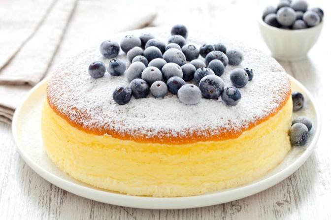 Classico allo yoghurt o giapponese? Per oggi il cheesecake è giapponese.