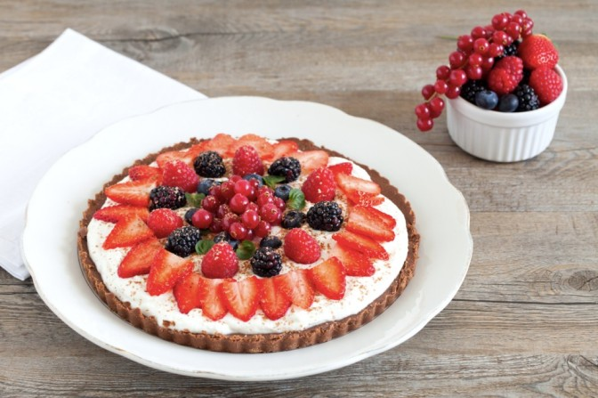 Torta Fredda facile, senza cottura e ai frutti rossi… mmm…