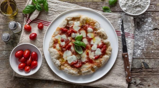 Pizza in Padella ma NON Fritta. E' vero se non avete il forno la potete fare lo stesso.