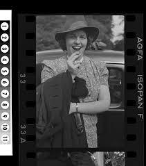 """Il Tradimento: mentre facevano la Lobotomia a Rose Marie Kennedy le hanno fatto recitare -sic- il Padre Nostro e l'Inno Nazionale """"God Bless America""""."""