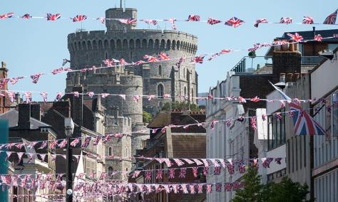 windsor-castel-flags