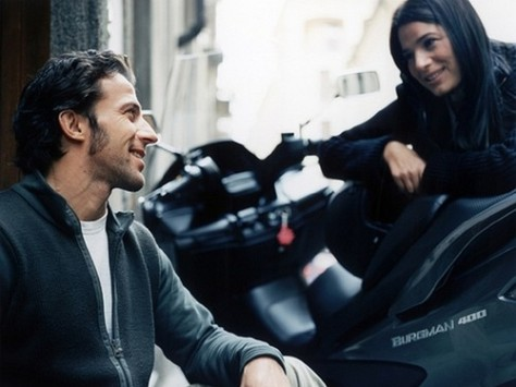 Del-Piero-with-his-wife-alessandro-del-piero-25962297-500-375