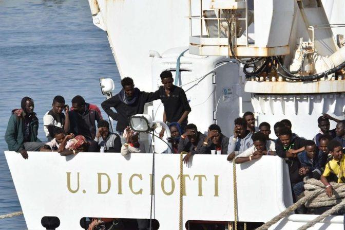 I Migranti arrivano per colpa del Governo Italiano, per Salvini e la Diciotti.