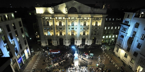 piazza-affari-festa