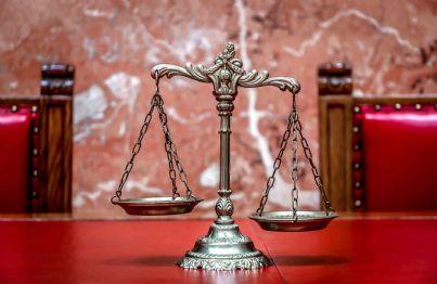 Il Tribunale dei Ministri va abolito: perché si mette in funzione per cazzatine, intralcia e costa.