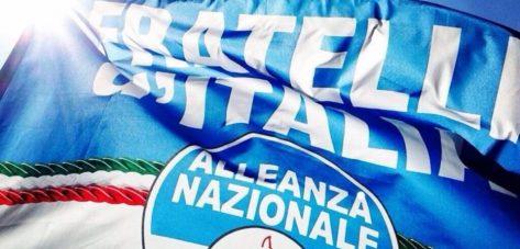 Bandiera-Fratelli-d-Italia-Alleanza-Nazionale-960x460