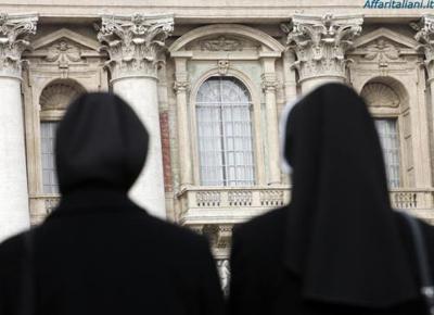 Suore violate, preti pedofili e invasione di migranti: perché il cattolicesimo è diventato impraticabile.