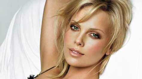 charlize-theron-was-right-its-really-hard-being-hot-1459966843