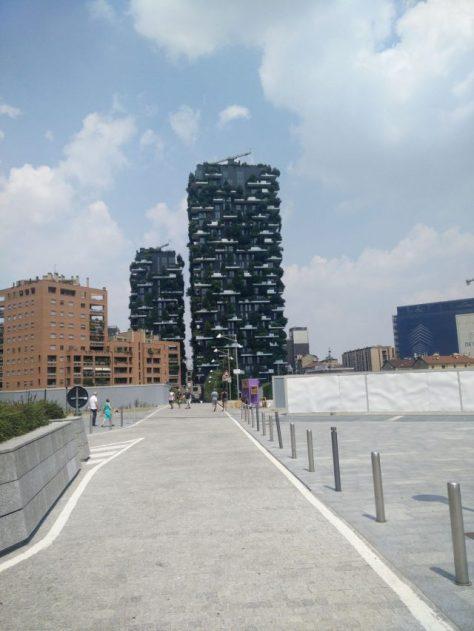 Milano-Bosco-verticale-Boeri-Studio-2009-2014-foto-Pasquale-Eposito-e1474483350504