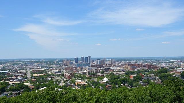 Paradise City: L'Alabama cancella l'aborto, i bambini ringraziano.