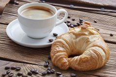 Cappuccino-CroissantNews