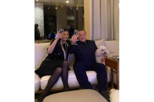 Jole brinda con Silvio
